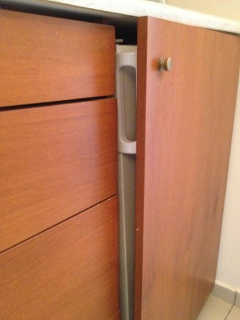 Zante Royal Resort: Terrible noise from the refrigeration all night and the door could not close completely