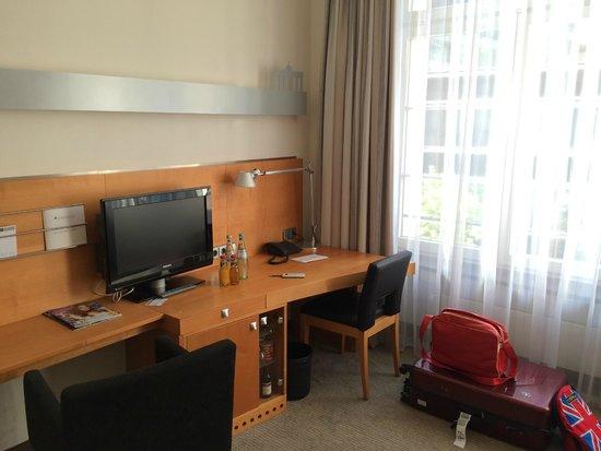 Hotel Alexander Plaza Berlin: Room