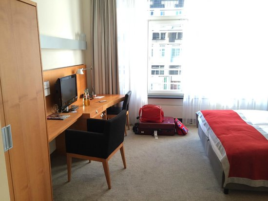 Hotel Alexander Plaza Berlin : Room