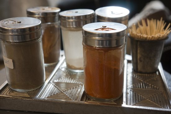 London Food Lovers Tours: Chocolate stop
