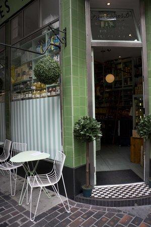 London Food Lovers Tours: Italian food on the go