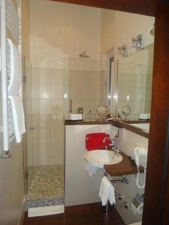 Hotel Villa Achenbach: Совершенство сантехники