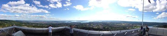 Schisprungschanze und Schimuseum am Holmenkollen: 360 grad panorama über oslo