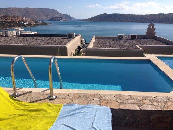 SENTIDO Elounda Blu : Shared pool room 202