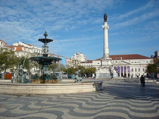 Rossio Square: Площадь Россиу