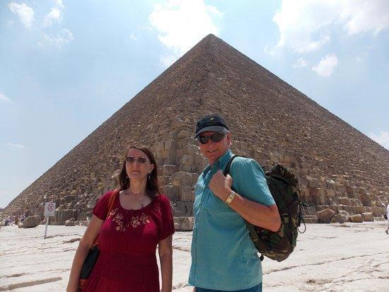 Moustafa Egypt Tours-Day Tours : The Pyramids visit