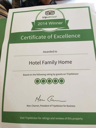 Hotel Family Home: Thanks you so much to give this award