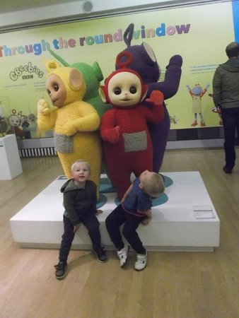 The Lowry: Teletubbies   (c. chickywigglesblogspot)