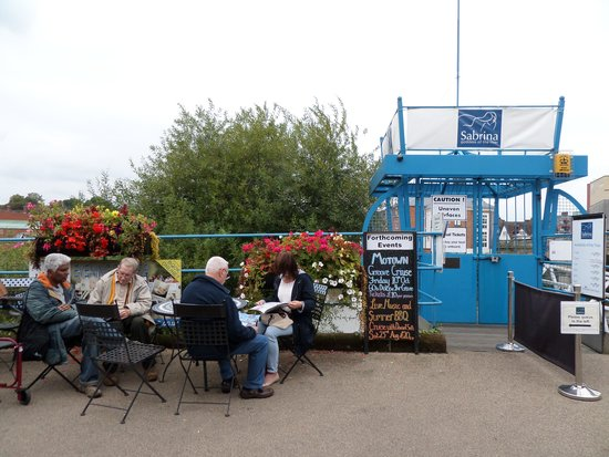 Sabrina Boat Trips: Victoria Quay