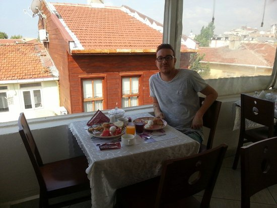 Sultans Hotel: Breakfast on the terrace