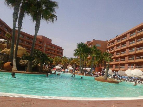Playaluna Hotel: piscina