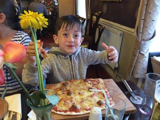 The Star Inn : Homemade pizza!