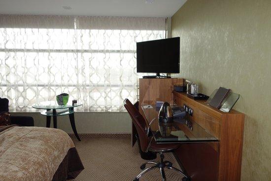 Radisson Blu Edwardian Manchester: City view room