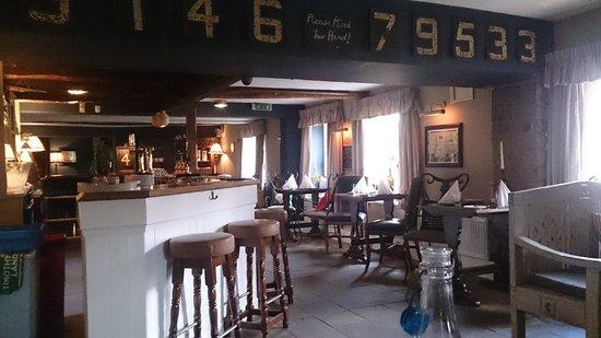Black Horse Inn: The bar area