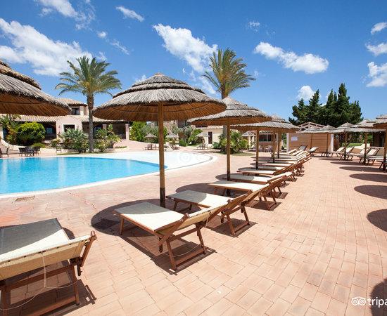 Eos village hotel muravera italia prezzi 2018 e recensioni - Piscina rei village ...