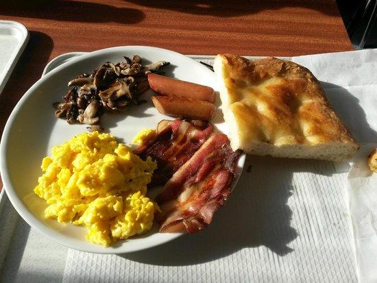 SNAV S.p.A. : Piatto colazione decisamente mooooolto caro