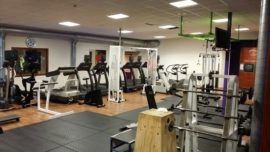 Hotel Keflavik: Part of the gym