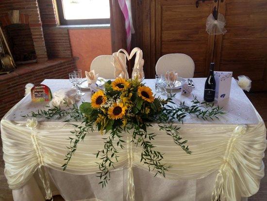 Tenuta Gran Paradiso: Tavolo degli sposi