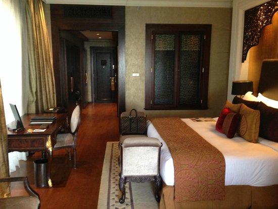 Jumeirah Zabeel Saray: Room