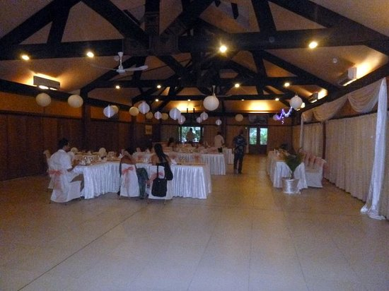 Plantation Island Resort: wedding reception