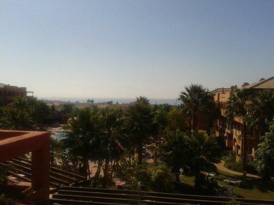 Pierre & Vacances Residenz Estepona: Vista sobre a piscina