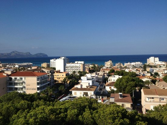 Grupotel Gran Vista & Spa: View from panoramic bar towards the town with the sea beyond.