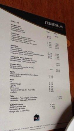 Fergusson Winery & Restaurant: レストランのワインメニュー
