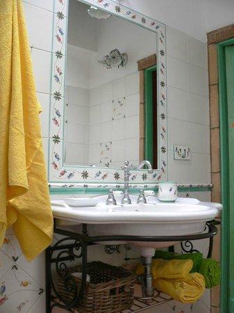 La Casa Del Pettirosso: bagno