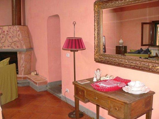 La Casa Del Pettirosso: salone