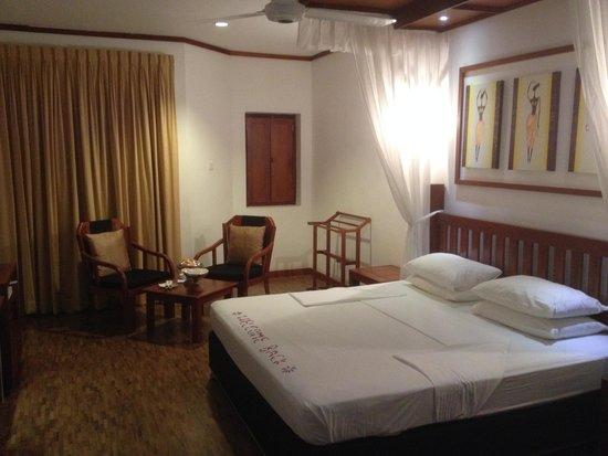 Tangerine Beach Hotel: Standard Room