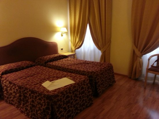 Hotel Benivieni: Camera doppia