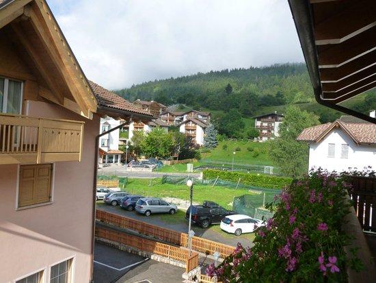 Hotel Garni Fiordaliso: Vista dalla camera...