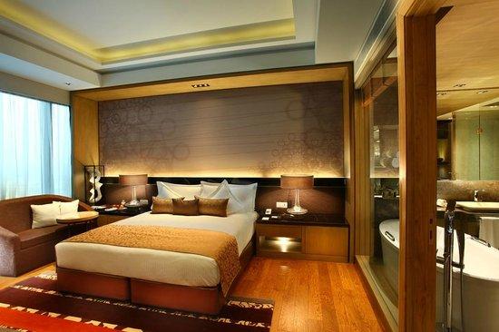 Crowne Plaza New Delhi Rohini: Deluxe Room