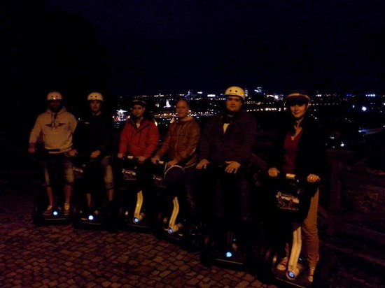 SEGWAY EXPERIENCE: Segway and E-Scooter Tours: Segway