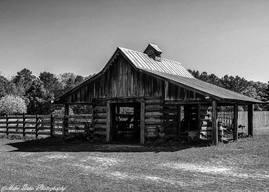 Landmark Park : Barn