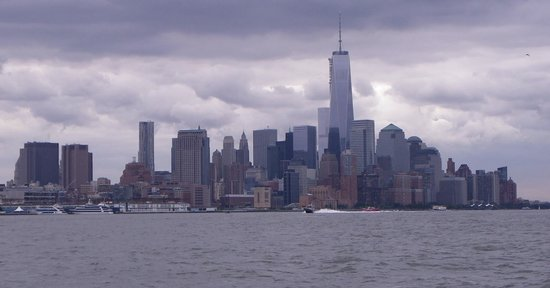 New York Media Boat / Adventure Sightseeing Tours: Some of the views you see