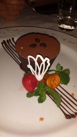 Babette : tiramisu in crosta di cioccolato !!!