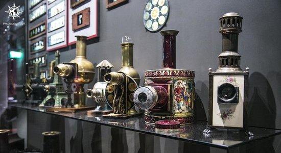 Musée national du cinéma (Turin) : Colección de preciosas linternas mágicas