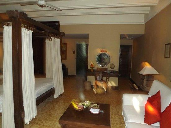 Hotel Tugu Bali : Belle et grande chambre.