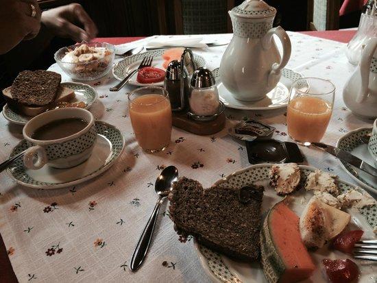 Hohenstauffen Hotel: Delicious breakfast
