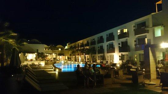 Santa Marina Plaza by night
