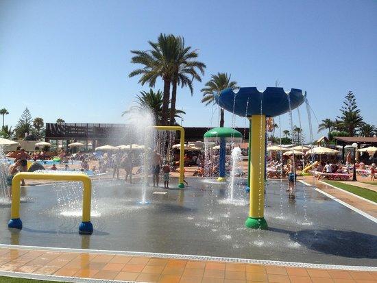 HD Parque Cristobal Gran Canaria: Kids water fun
