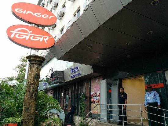 Ginger Mumbai Mahakali: Simple and clean
