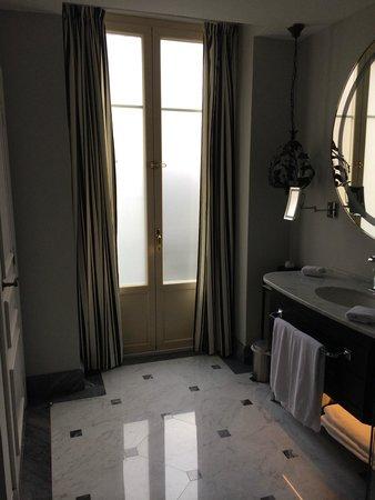 Hotel Maria Cristina, a Luxury Collection Hotel, San Sebastian: Baño exterior
