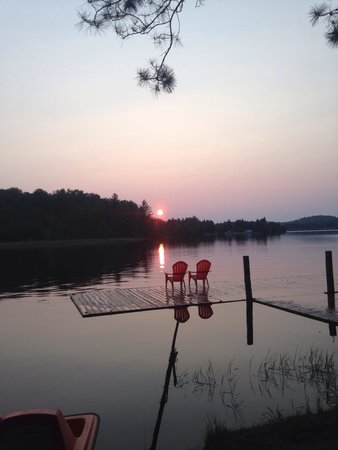 Algonquin's Edge Resort: Sunset at algonquins edge resort ❤️