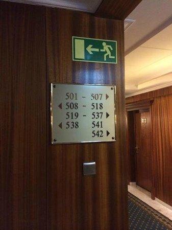 Hotel de France: Etwas verwirrende Zimmernummern