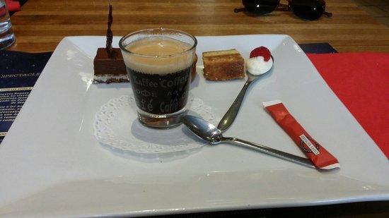 Entr e au foie gras et l 39 ardoise menu photo de l 39 atelier des gourmets rennes tripadvisor - Service cafe gourmand ardoise ...