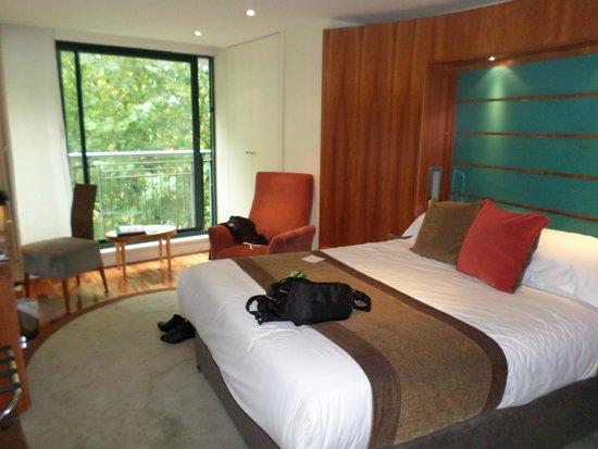 Mercure Bristol Brigstow Hotel: Bedroom 3rd flr river view