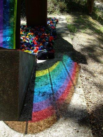 Parco Sculture Del Chianti: Rainbow Reflection