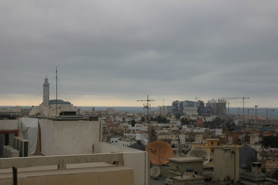 Royal Mansour Casablanca : View of Hassan II Mosque and the Rest of the City from Club Lounge